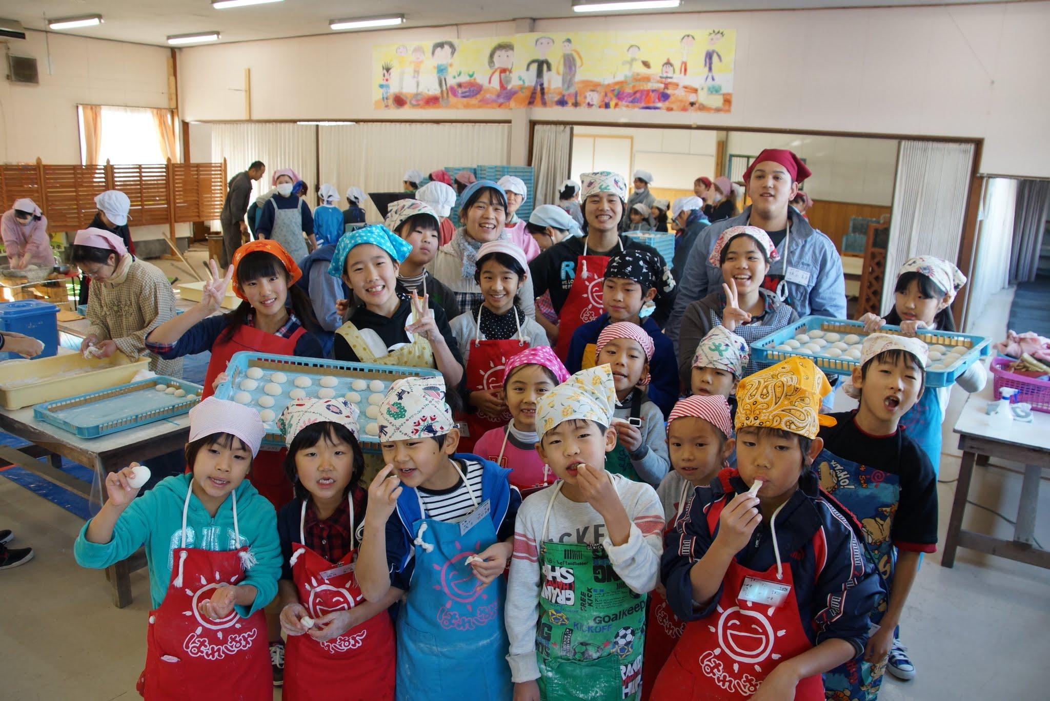 【Photo】2012年 冬の楽園村(春日山会場) みんなでお餅つき